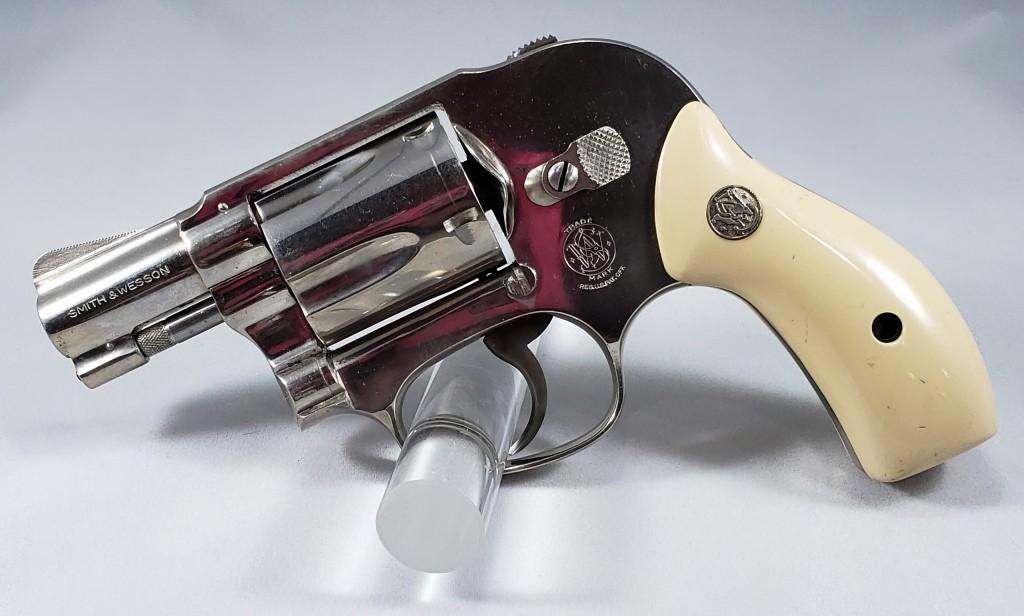 Smith & Wesson Model 49 (.38spl)