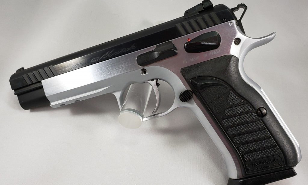 EAA Witness Match (9mm), comes with 4 magazines