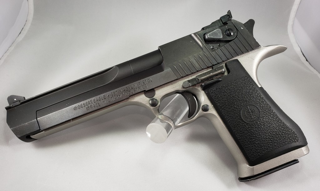 Magnum Research Desert Eagle (.357mag), comes with 2 magazines